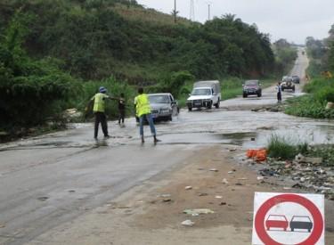 Axe Abidjan-Alépé : le tronçon menacé de rupture par une rivière hors de son lit
