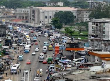 Transport routier : Le prix du carburant baisse, mais les coûts du transport inchangés.