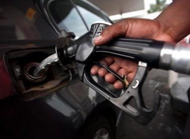 Chute du prix du gaz oil et De l'essence : Les usagers exigent la baisse des tarifs routiers