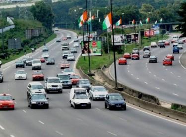 Abidjan : des boulevards aux couleurs nationales pour la fête du 7 août