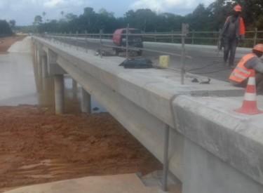 Le pont de Noé reliant la Côte d'Ivoire et le Ghana livrés bientôt