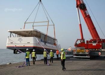 La Société de transport lagunaire réceptionne à Abidjan deux bateaux-bus pour le démarrage de ses activités
