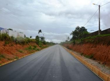 Bitumage axe Blolequin-Toulepleu-Frontière libérienne: 23 km déjà réalisée sur 65
