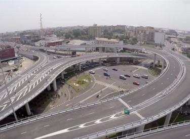 Face aux accidents répétés : La construction de ponts piétons exigée sur le VGE