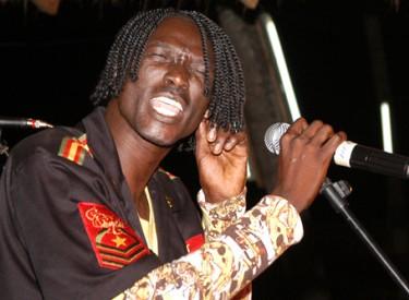 Ismael Isaac fait danser les transporteurs, pour la paix