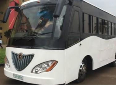 Ouganda : le premier bus solaire africain