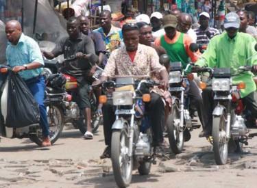 Transport des usagers : L'autorisation des motos-taxis à Abidjan divise