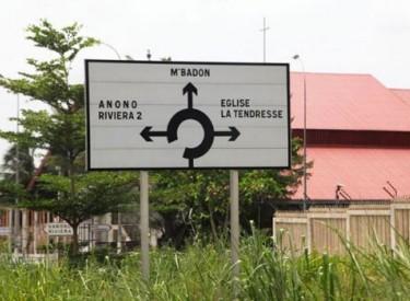 Panneaux directionnels : s'orienter devient facile à Abidjan