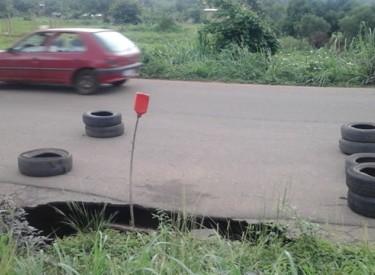 Une voie d'entrée de Daoukro sur le point de s'effondrer